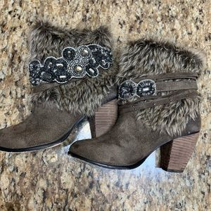 Naught Monkey fur boots from buckle 6.5